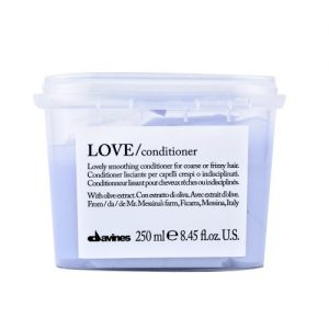 Davines Essential Love smooth Conditioner 250ml- cabellos encrespados